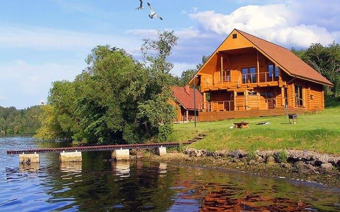Строительство дома около водного объекта